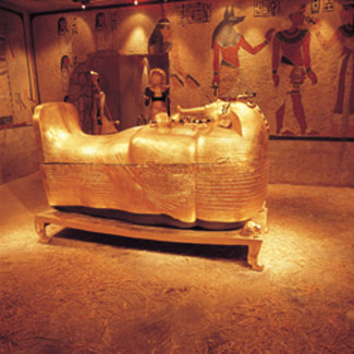 luxor las vegas king tut rides attractions